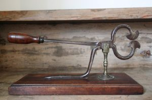 Georgian antique sugar cutter
